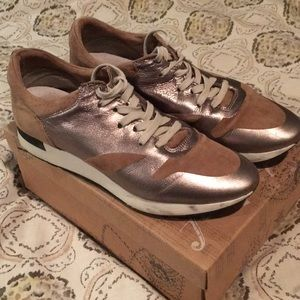 Free People Tan and Silver, Size 9 Sneaker
